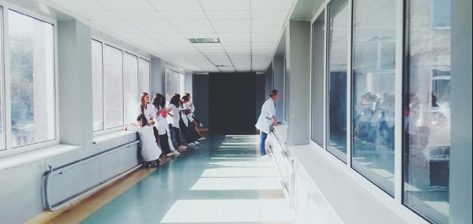 validación de salas de ambiente controlado en hospitales